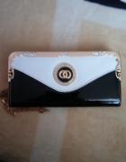 Piękni portfel
