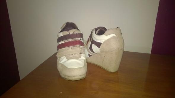 Koturny Adidasy na koturnie buty sportowe beż fioletbiel