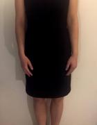 Czarna klasyczna sukienka ORSAY