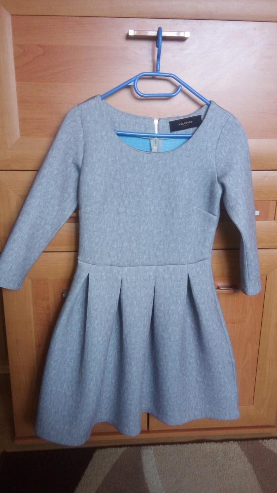 Suknie i sukienki Reserved S NOWA