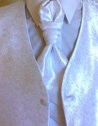 kamizelka perłowo biała 38 z musznikiem