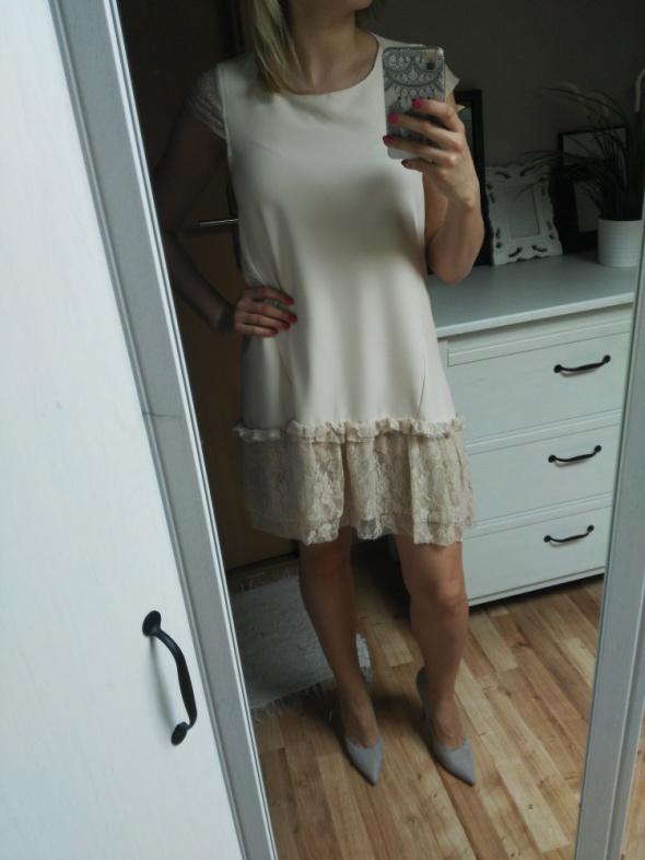 7b67d400df Sukienka beżowa koronka 36 w Suknie i sukienki - Szafa.pl