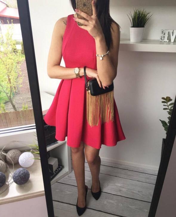fce7857f Nowa piękna malinowa rozkloszowana sukienka 36 w Suknie i sukienki ...