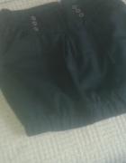 czarna spodnica z kieszonkami