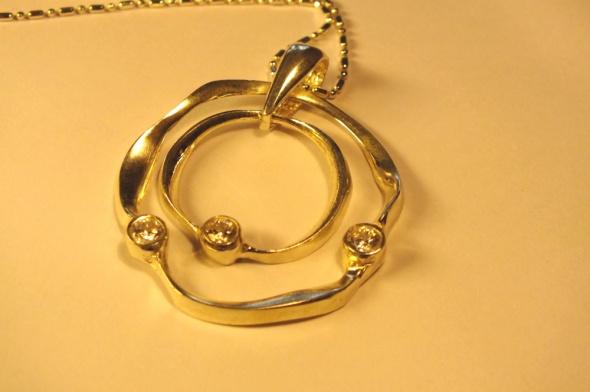 Zawieszki ogromny srebrny wisiorek Apart część kompletu