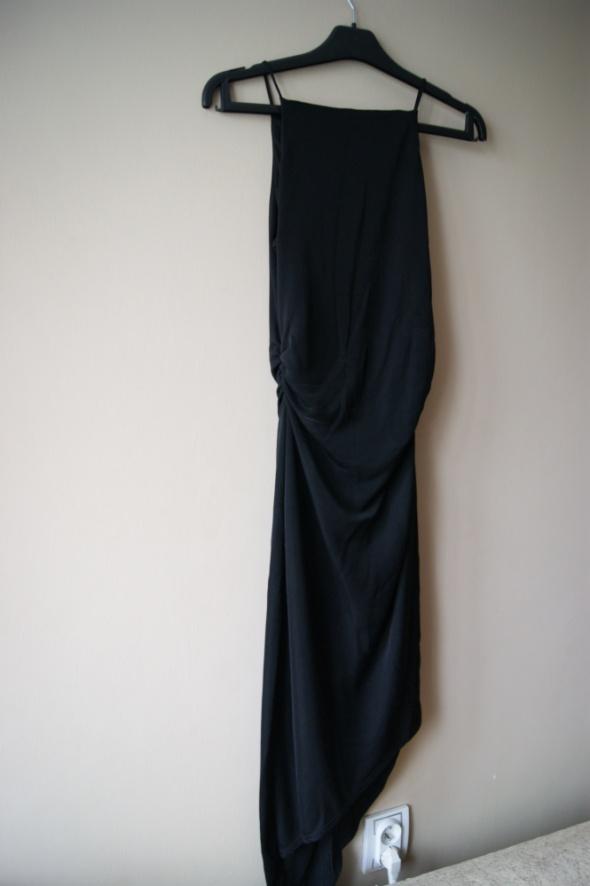 Wieczorowa sukienka