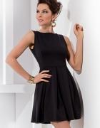Elegancka czarna 36
