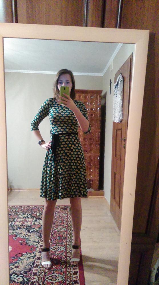 Suknie i sukienki Rozkloszowana sukienka w grochy
