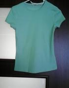 Niebieska bluzka z krótkim rękawkiem