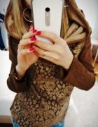 Sweter sweterek wzór róże różyczki uniwersalny s m