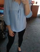 Błękitna bluzeczka