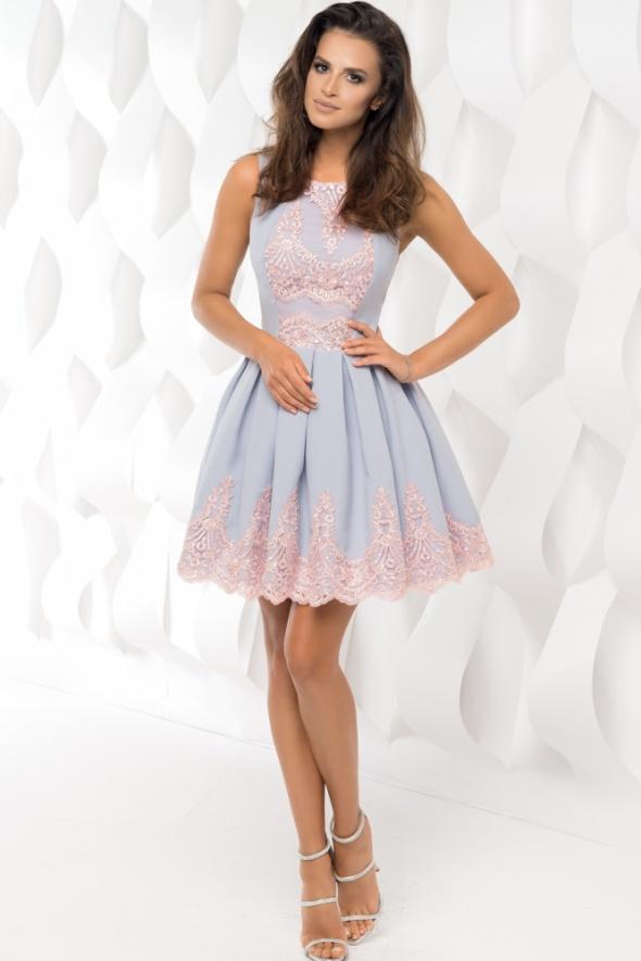 Eleganckie Sukienka rozkloszowana na wesele