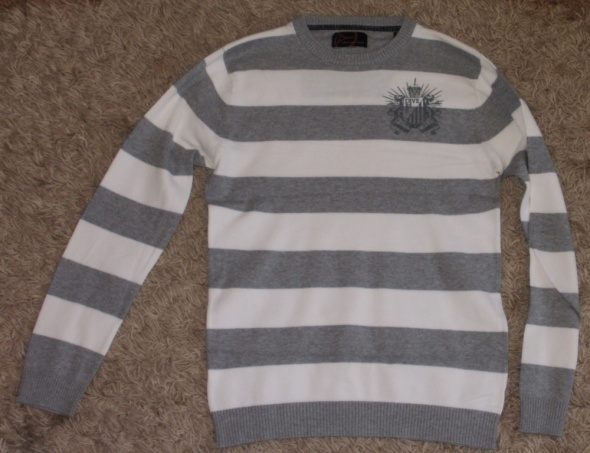 Bluzki sweterek bluzka