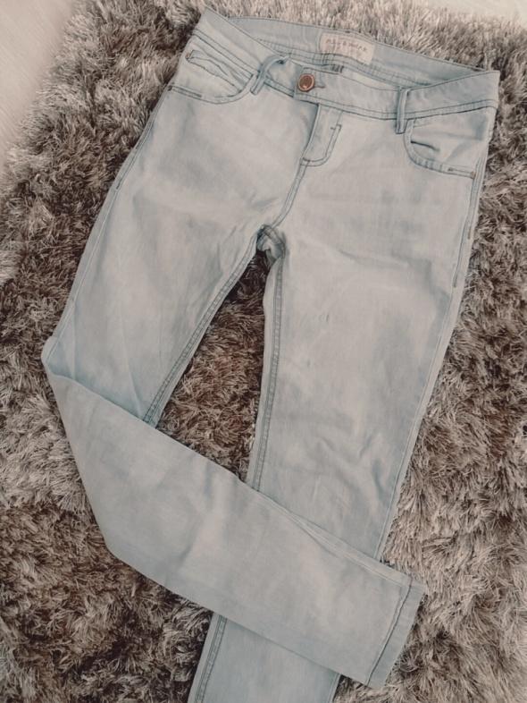 Spodnie Spodnie rurki szare PULL N BEAR
