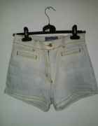 Jeansowe jasne spodenki