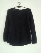 Sweterek z tiulowym tylem