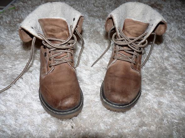 Zimowe zimowe ocieplane buty lasocki 37