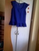 szafirowa lekka bluzeczka falbanka