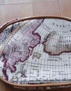 Nowa śliczna kosmetyczka perłowa z mapą świata
