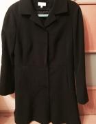 Czarny odcinany płaszcz Solar...