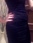 Czarna marszczona sukienka