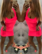 Neonowa sukieneczka
