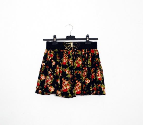 Spódnice Rozkloszowana spódnica folk kwiaty góralska XS S M