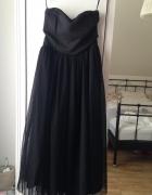 Tiulowa sukienka stradivarius czarna MIDI...