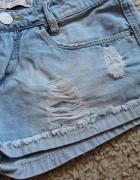 Szorty jeansowe dziury 34 XS...