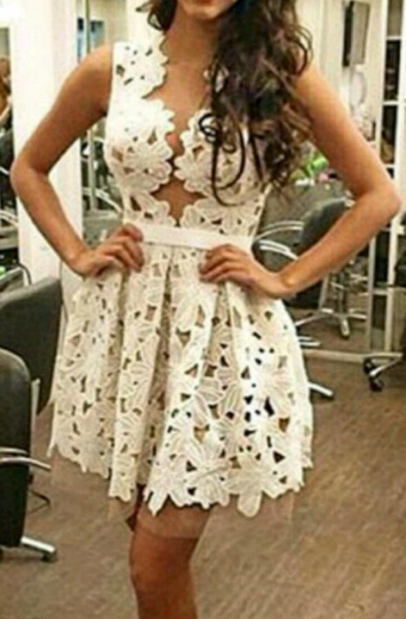 Eleganckie Sukienka gipiura