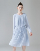Błękitna sukienka...