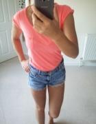 Różowa koszulka...