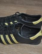 Buty sportowe Adidas...