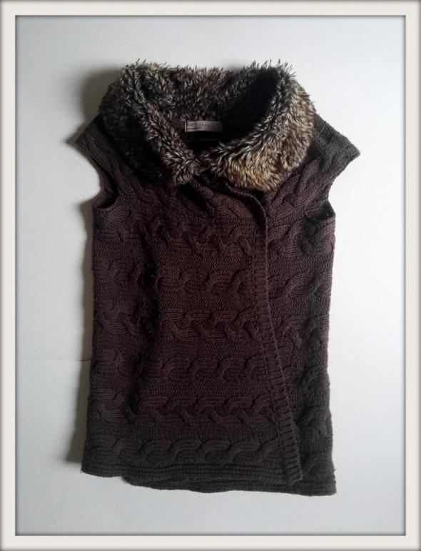 Swetry sweterek kamizelka futerko