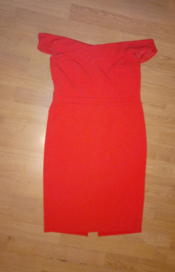 Suknie i sukienki Czerwona dopasowana sukienka New Look