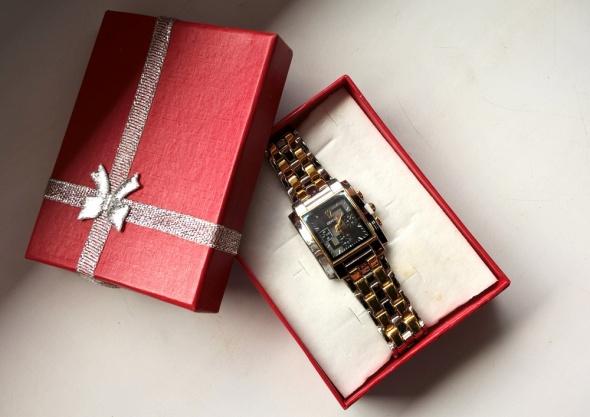 Zegarki Damski Kwadratowy Zegarek Na Bransolecie Geneva
