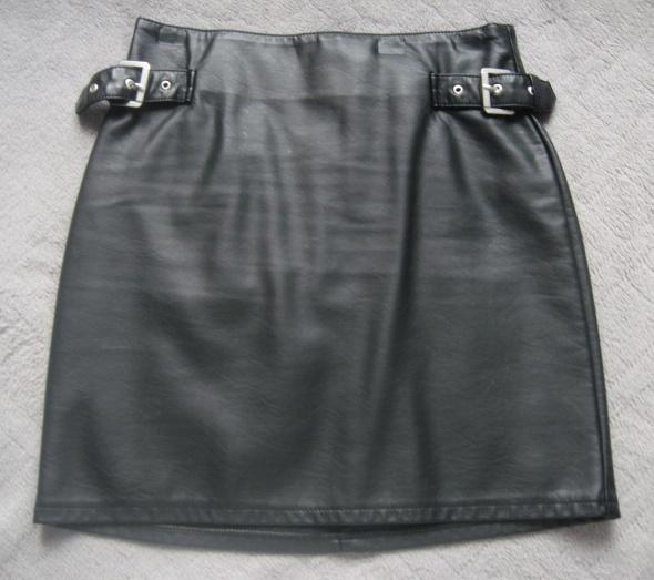 Spódnice Czarna skórzana mini H&M xs