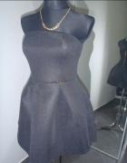 czarna sukienka z pianki