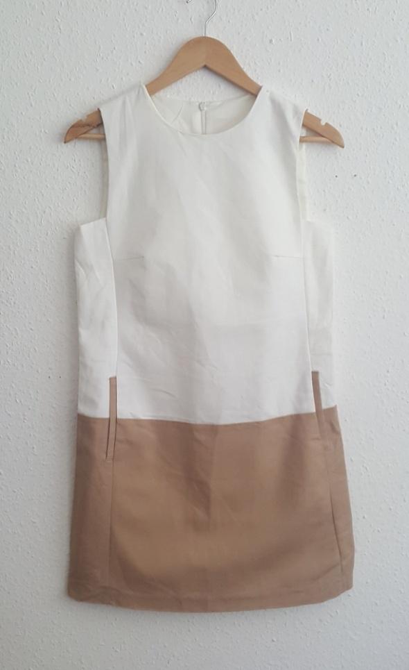 Suknie i sukienki Prosta Biało Beżowa Sukienka Zara