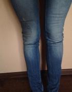 jeansowe rurki z zamkami