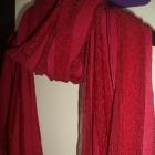 Stylowa apaszka w czerwonym kolorze
