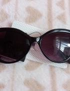Okulary przeciwsłoneczne muchy SINSAY czarne...