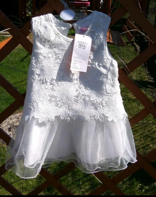 9f75d84b98 Sukienki i spódniczki Nowa biała elegancka sukienka tiulowa z koronką 92