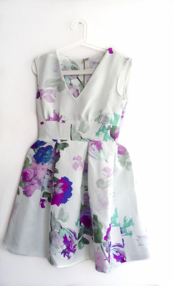 Closet Sukienka Asos Zalando Miętowa Wesele Kwiaty