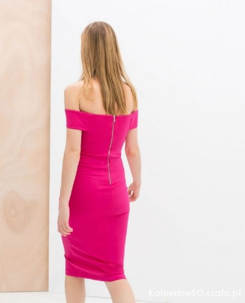 Ubrania Sukienka Zara Fuksja opadające ramiona