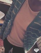Miętowy sweter...