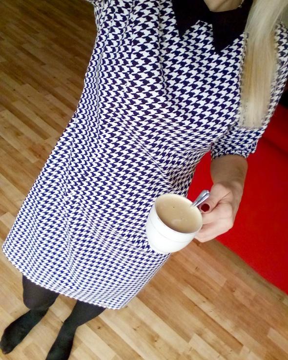 Do pracy Sukienka w pepitkę