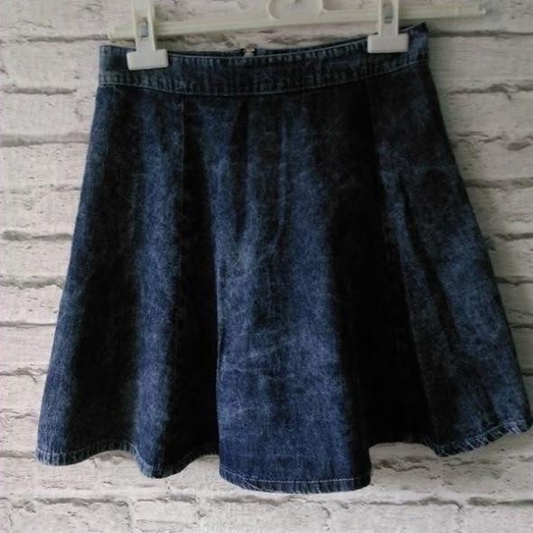 Spódnice rozkloszowana spodnica jeans