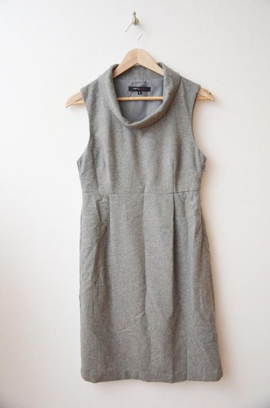 Suknie i sukienki Carry Formal szara siwa sukienka wełna 36