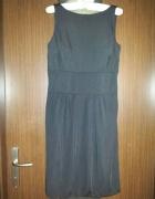 Sukienka odkryte plecy...